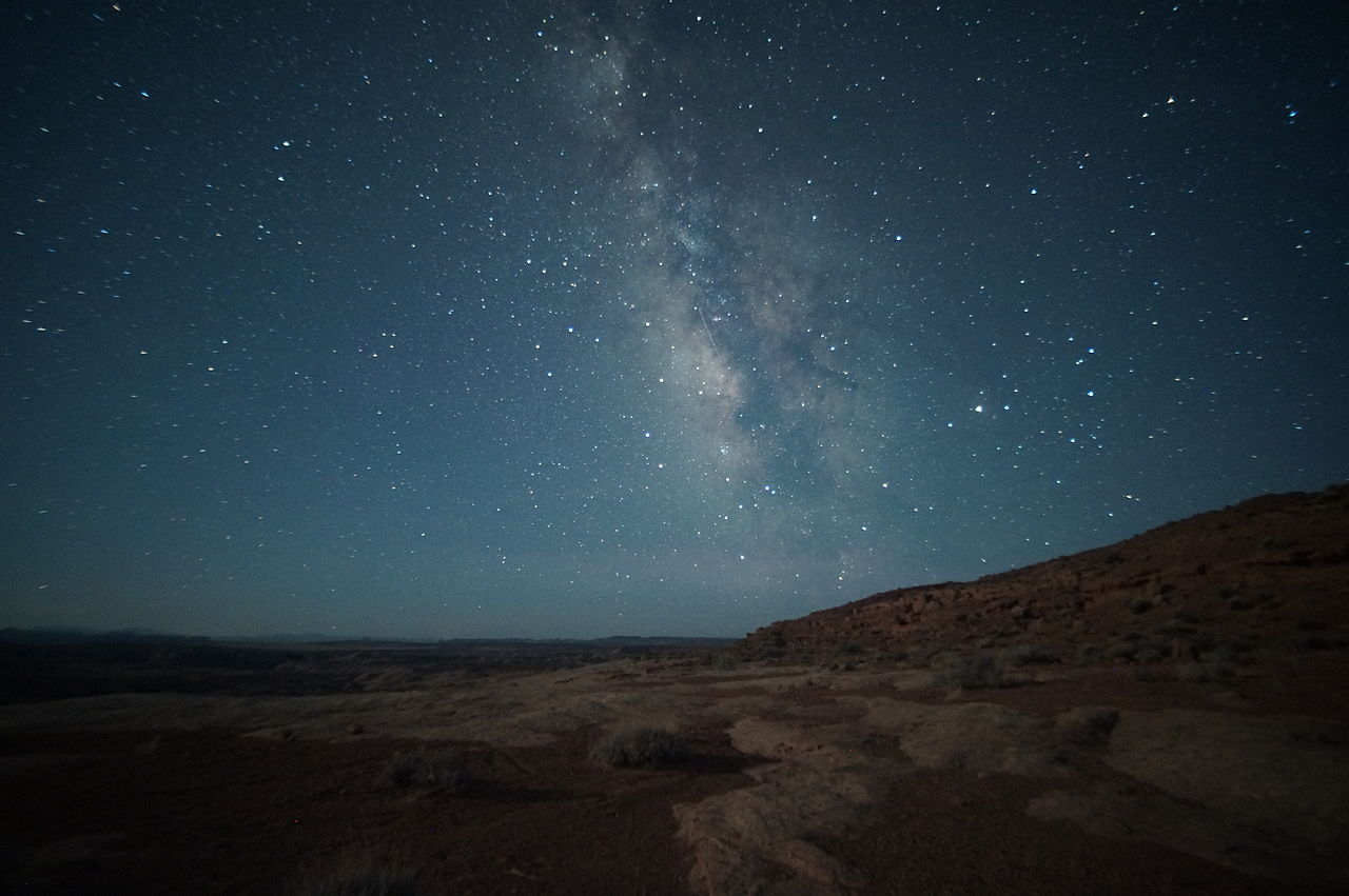 Milky_Way_view_in_the_San_Rafael_Desert_-_15_May_2012