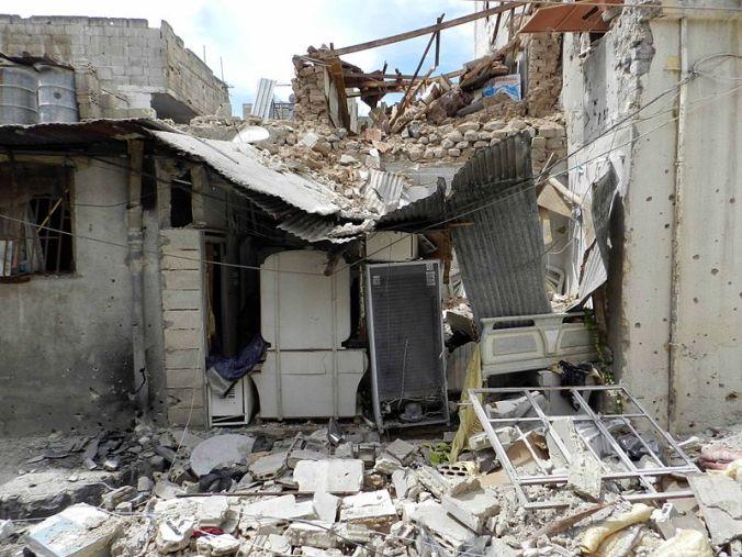 800px-Destruction_in_Homs_(2)